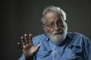 Entrevista com Noam Chomsky