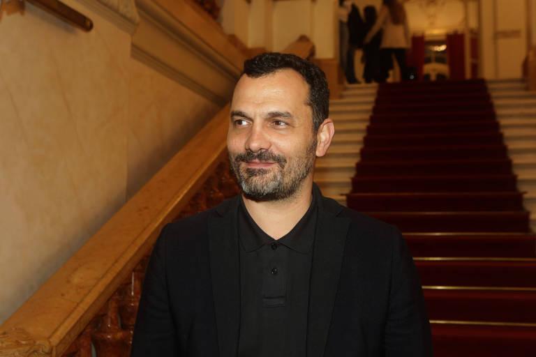 O secretário municipal de Cultura Alê Youssef no Theatro Municipal