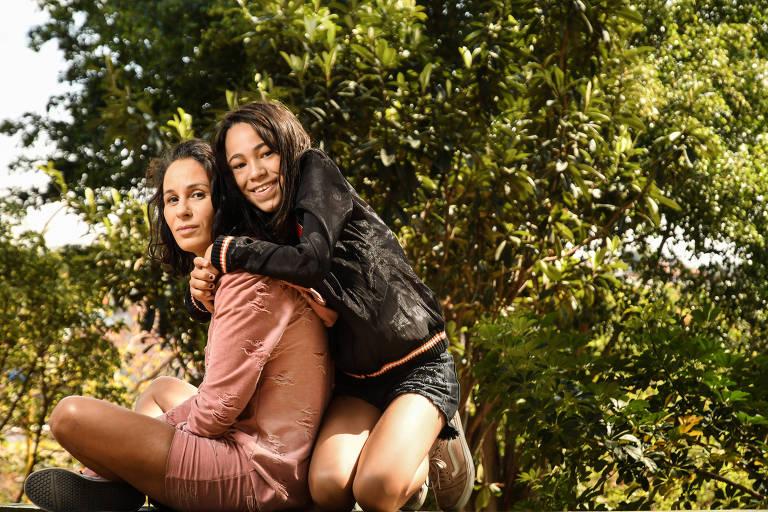 Alexsandra Maurício e a filha, Isa, de 13 anos