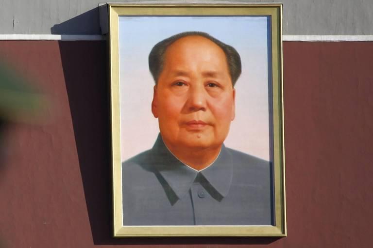 Retrato de Mao Tsé-tung na praça da Paz Celestial, em Pequim