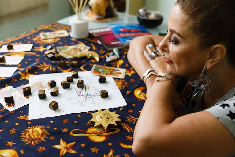 Astróloga Jacqueline Cordeiro