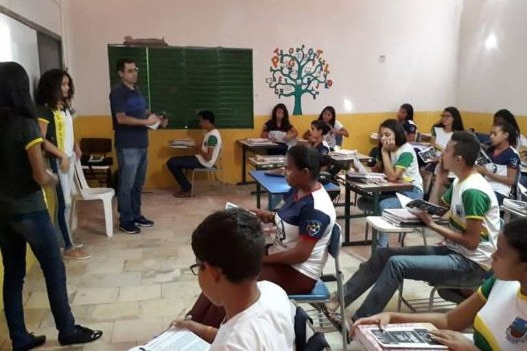 Projeto inclui palestras para ajudar os estudantes a pensar em um projeto de vida