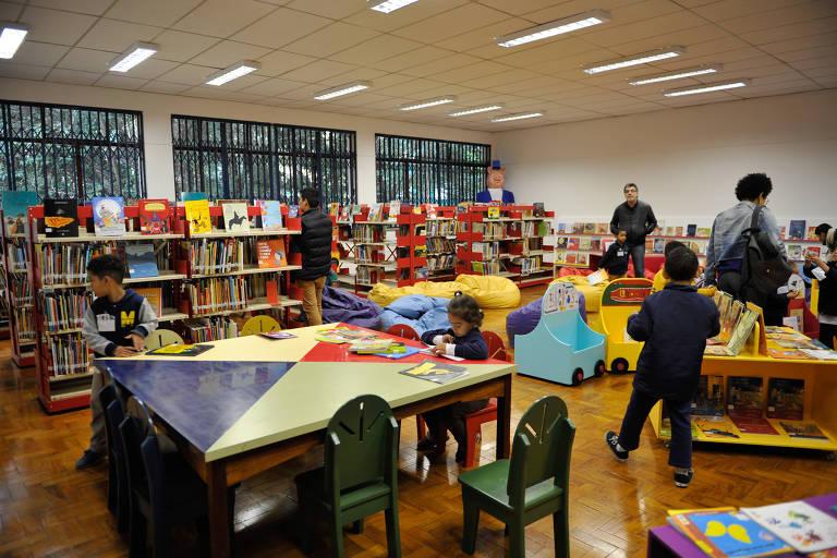 Biblioteca Monteiro Lobato Festival Livro Infantil
