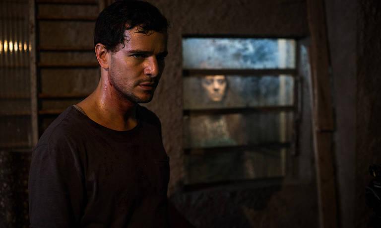 Confira cenas do filme 'Morto Não Fala'