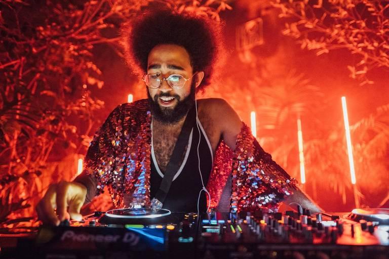 O DJ Artur Santoro, da festa Batekoo
