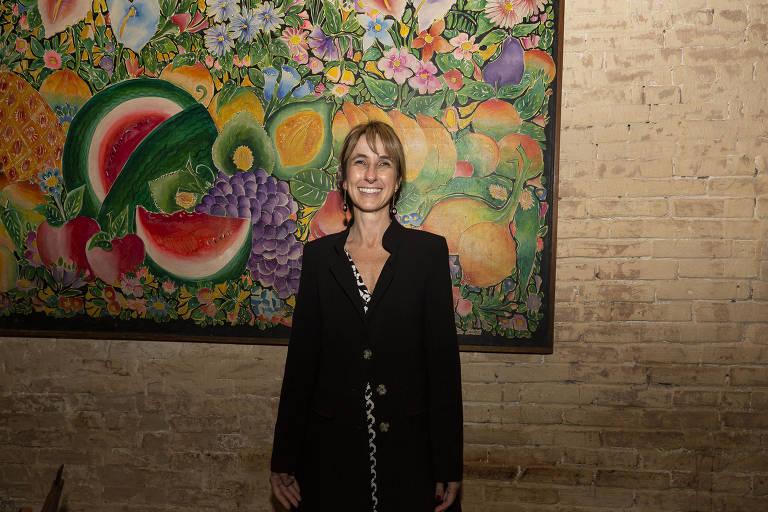 A advogada Dora Cavalcanti durante jantar em homenagem ao professor Juarez Tavares