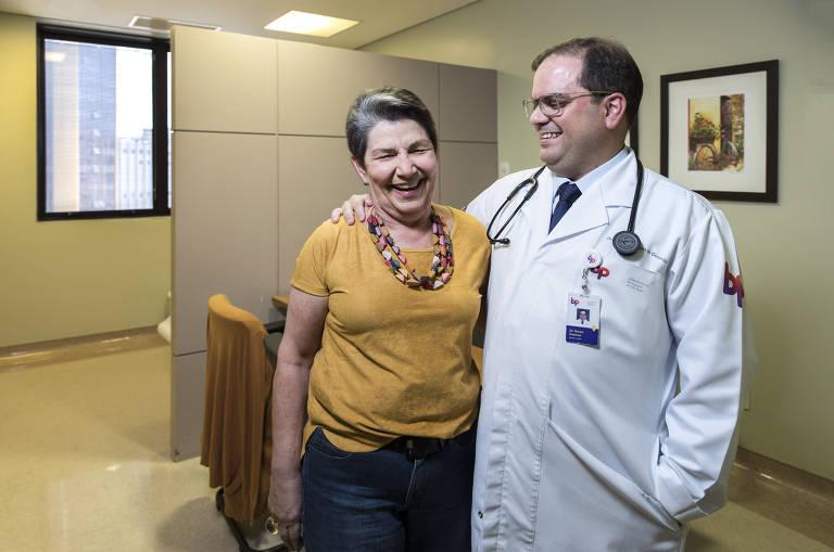 Conheça histórias de pacientes com câncer e seus médicos