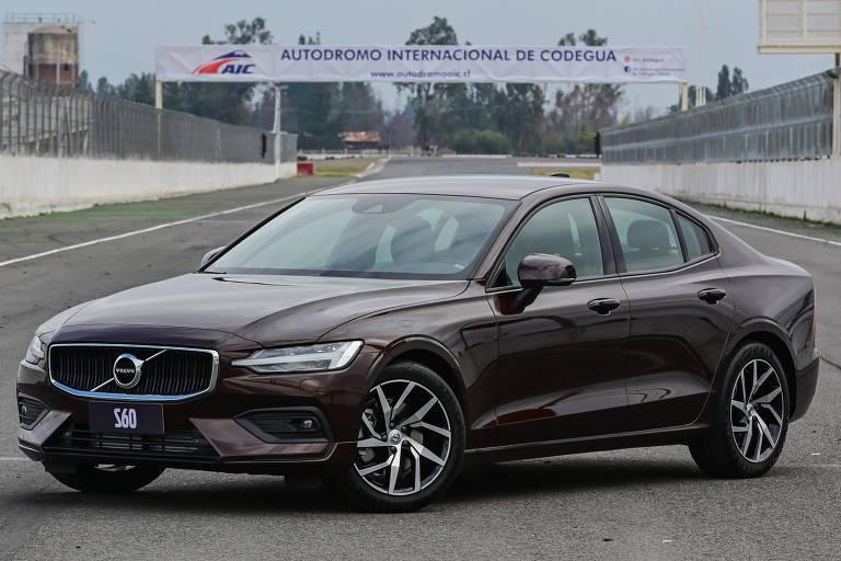 Novo Volvo S60 no Autódromo Internacional de Codegua, no ChileDivulgação