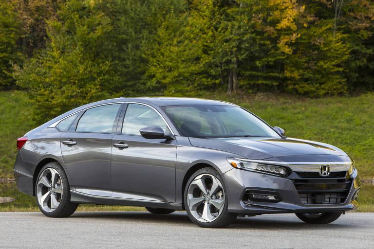 Honda Accord é a resistência entre os sedãs de luxo