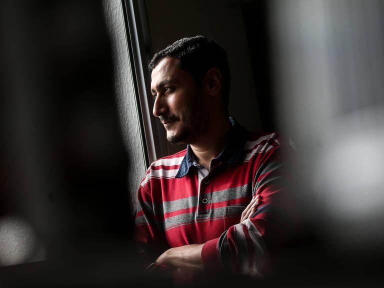 O egípcio Mohamed Ibrahim em sua casa em São Paulo