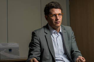 O ministro do Meio Ambiente, Ricardo Salles, durante entrevista à Folha