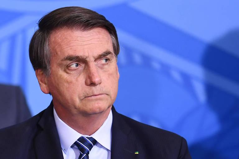 Bolsonaro quer evangélico que 'recite versículos bíblicos' na Ancine