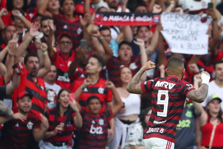 Gabriel comemora gol contra o Palmeiras