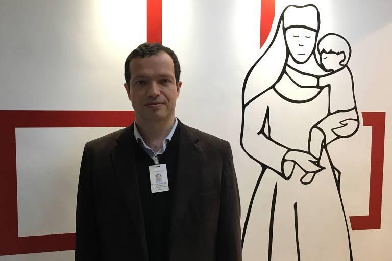 O médico Luiz Henrique Borsato, 42, que coordenou a cirurgia a que Jair Bolsonaro foi submetido na Santa Casa de Juiz de Fora.