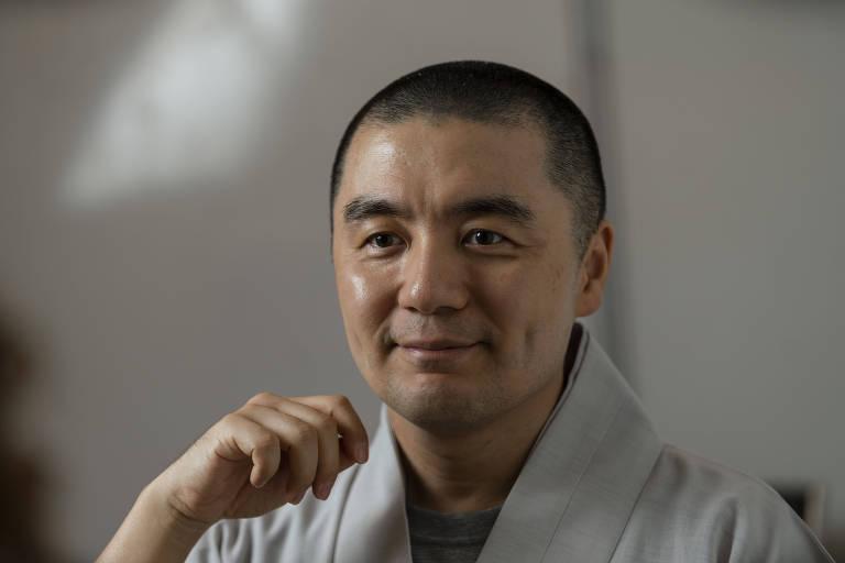Para o monge, que é muito ativo nas redes sociais, elas não são boas nem ruins, 'apenas instrumentos instrumentos'