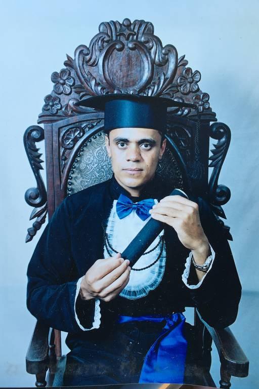 Adélio, autor da facada em Bolsonaro, em fotos da família