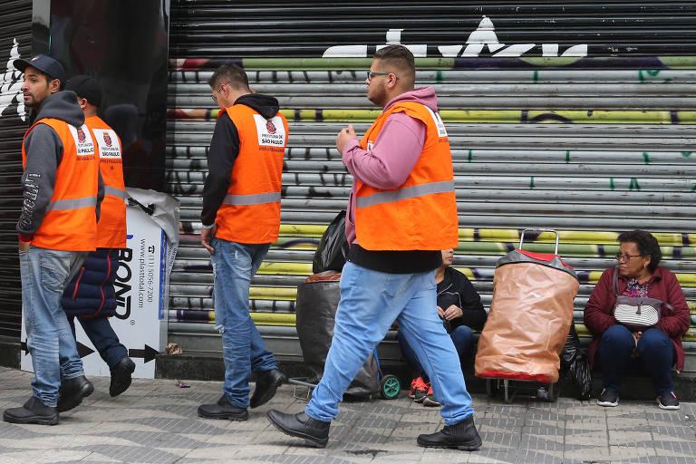Operação contra a pirataria fecha outro shopping no Brás