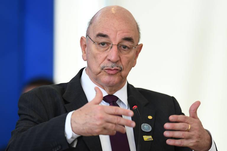 O ministro da Cidadania, Osmar Terra, discursa em cerimônia no Palácio do Planalto, em Brasília