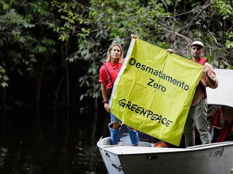 Bruno Gagliasso e Giovanna Ewbank mapeiam incêndio na Amazônia com Greenpeace