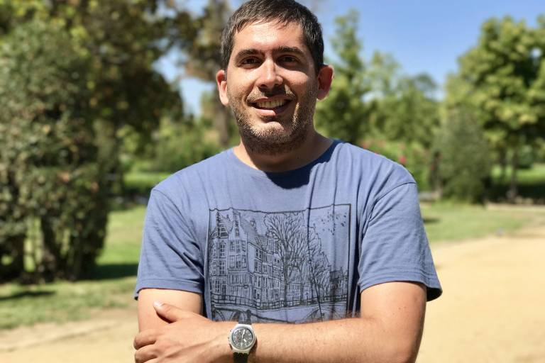 """Bruno Bimbi - Jornalista e escritor argentino, doutor em estudos da linguagem (PUC-Rio) e autor dos livros """"O fim do armário"""" e """"Casamento igualitário"""" (ed. Garamond)"""