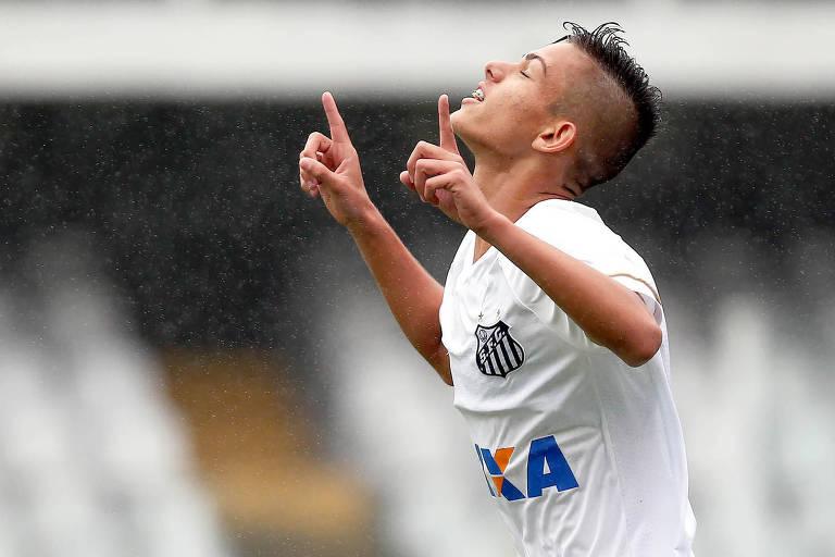 A jovem promessa do Santos, Giovanni Manson Ribeiro, que deve deixar o clube