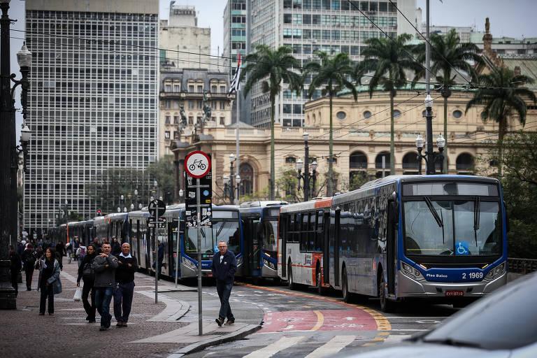 2º dia de greve parcial dos ônibus em SP