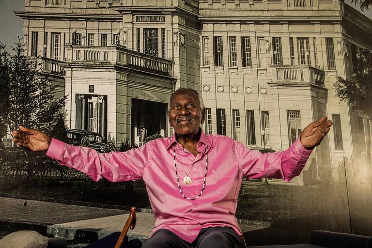 O poeta Carlos de Assumpção, 92
