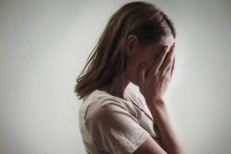 O pornô de vingança - às vezes filmadas por ex-parceiros - pode ter um efeito devastador sobre as vítimas