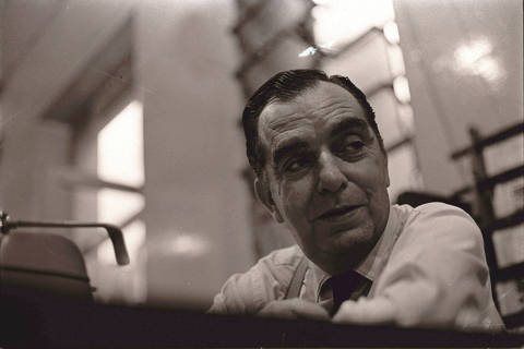 O escritor e teatrólogo Nelson Rodrigues. 04/05/1965. (Foto: J. Antonio/CPDoc JB/Folhapress) *** PARCEIRO FOLHAPRESS - FOTO COM CUSTO EXTRA E CRÉDITOS OBRIGATÓRIOS ***