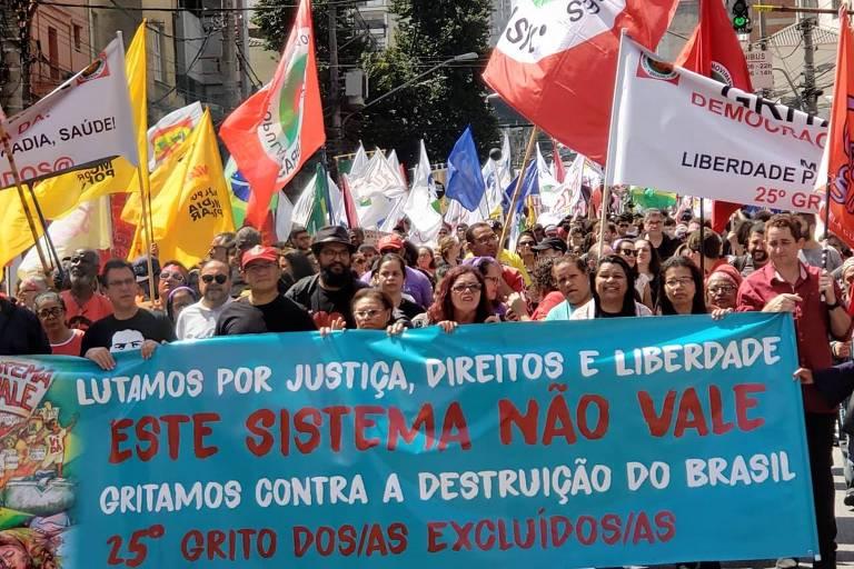 Grito dos Excluídos realizou manifestações paralelas à programação oficial
