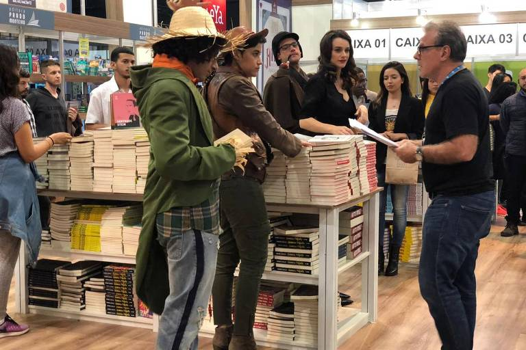 Globo grava Bom Sucesso na Bienal do Livro