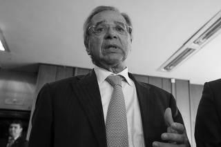 O ministro Paulo Guedes fala sobre mudança do Coaf