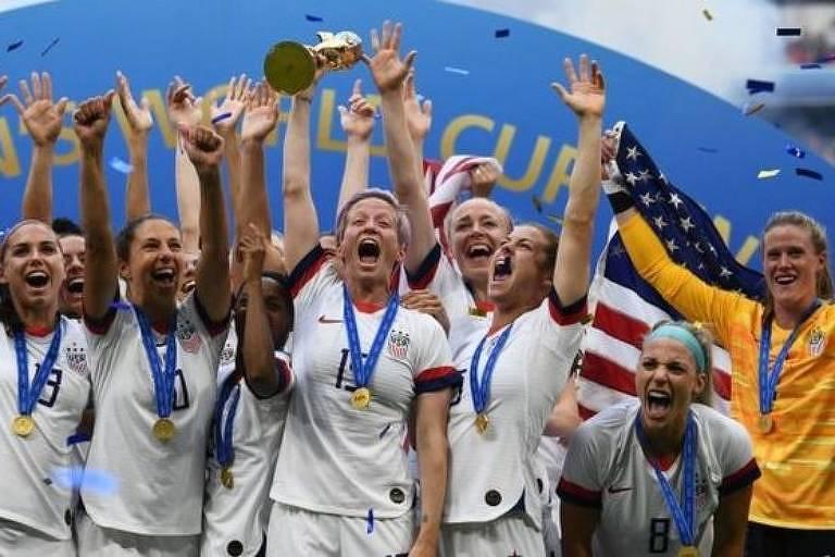 Seleção feminina de futebol dos EUA monitorou ciclos mentruais de suas atletas