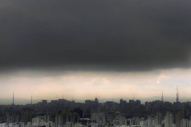 Transporte de poluentes da Amazônia ao Sudeste é 'fenômeno conhecido há muito' tempo, diz pesquisador