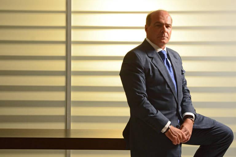 O apresentador e vice-presidente da RedeTV!, Marcelo Carvalho