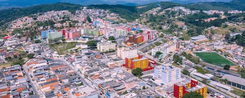 SÃO PAULO, SP, 23.08.2019 - Vista aérea da Cidade Tiradentes, bairro localizado no extremo leste da cidade de São Paulo. (foto Gabriel Cabral/Folhapress)