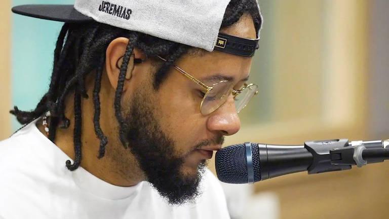 Imagens do rapper Emicida