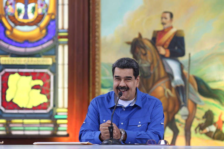 O ditador Nicolás Maduro discursa durante encontro no palácio de Miraflores, em Caracas