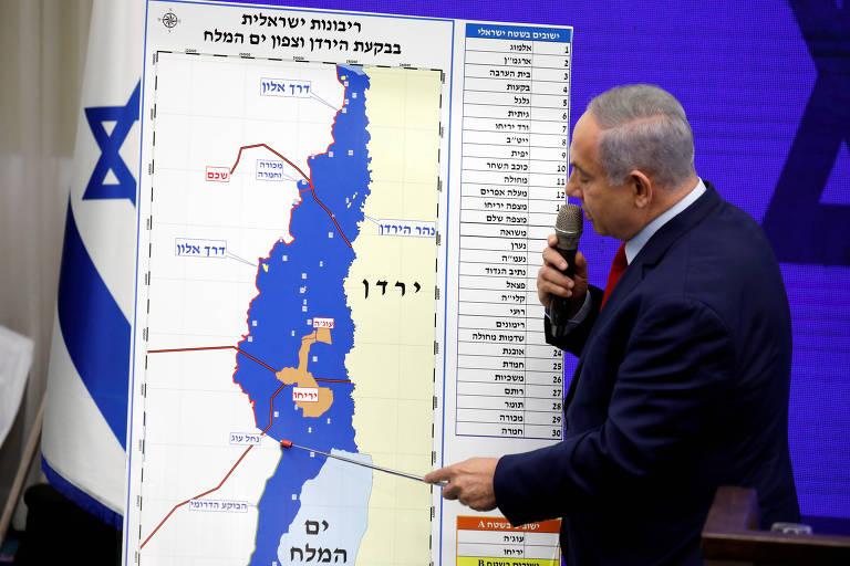 O premiê de Israel, Binyamin Netanyahu, durante discurso em Ramat Gan, perto de Tel Aviv