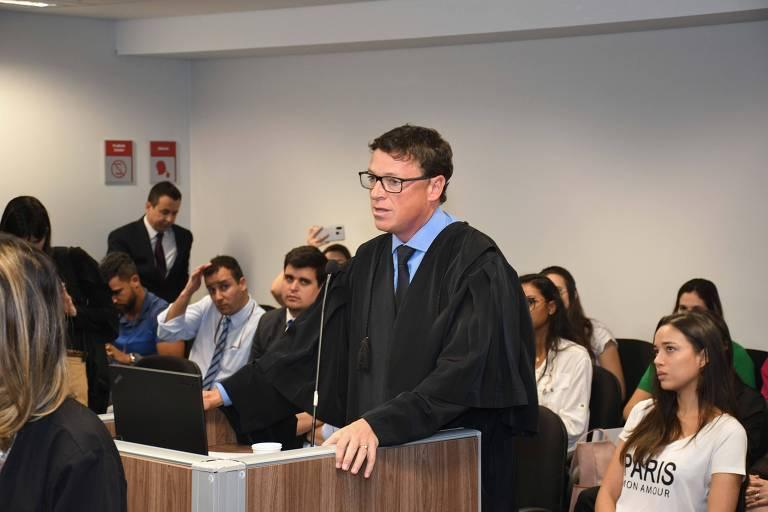 Advogado Fernando José Costa durante o julgamento no TJ-MG