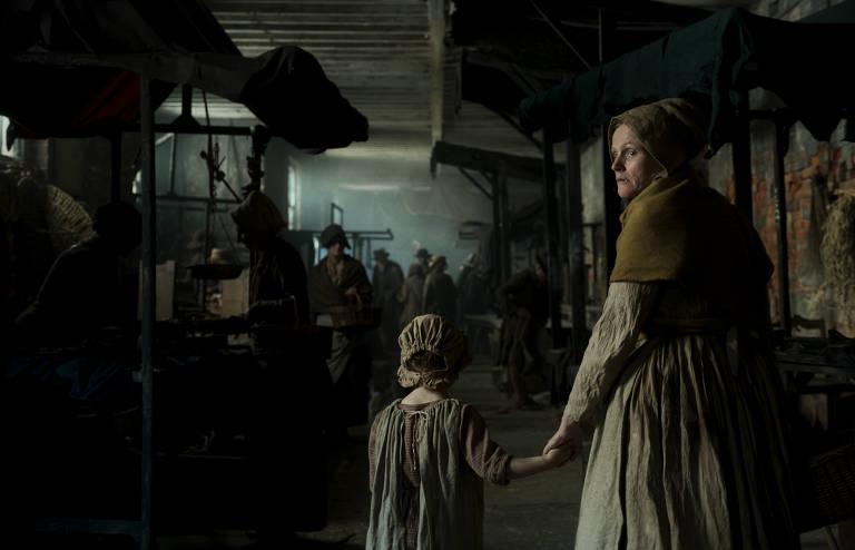 Veja imagens do filme 'Peterloo'