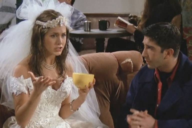 "A atriz Jennifer Aniston em cena da série ""Friends"""