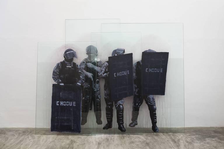 'Choque', obra de Dora Longo Bahia exibida na mostra do prêmio Marcantonio Vilaça, no MAB-Faap
