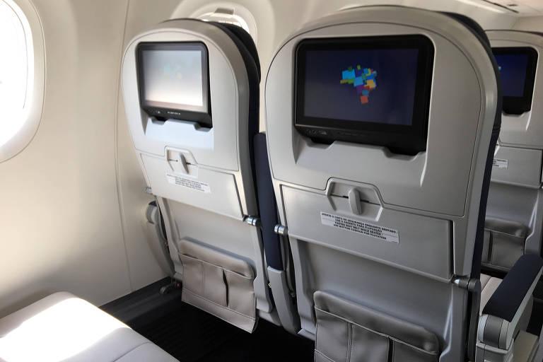 Interior do novo E195-E2 da Azul, entregue pela Embraer nesta quinta-feira (12)