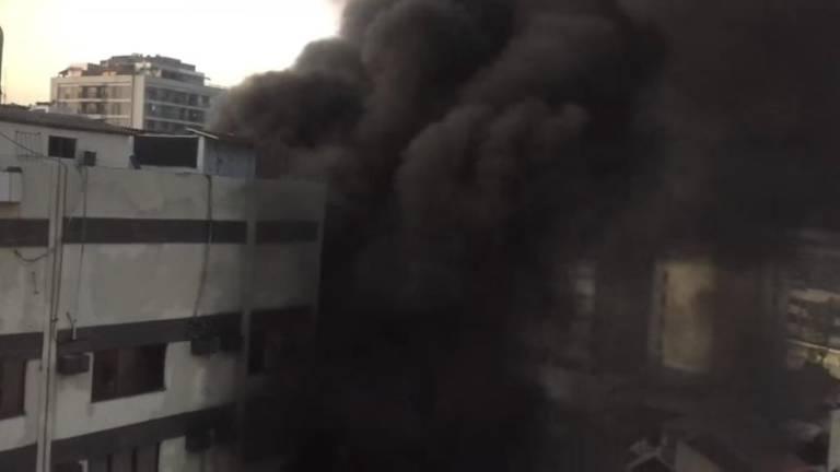 Fumaça de incêndio no hospital Badim, na Tijuca, zona norte do Rio