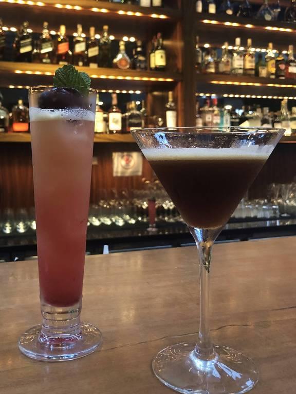 Dois drinques do Must Bar: Yasaí (esq.) e Coffee O'Clock (dir.)