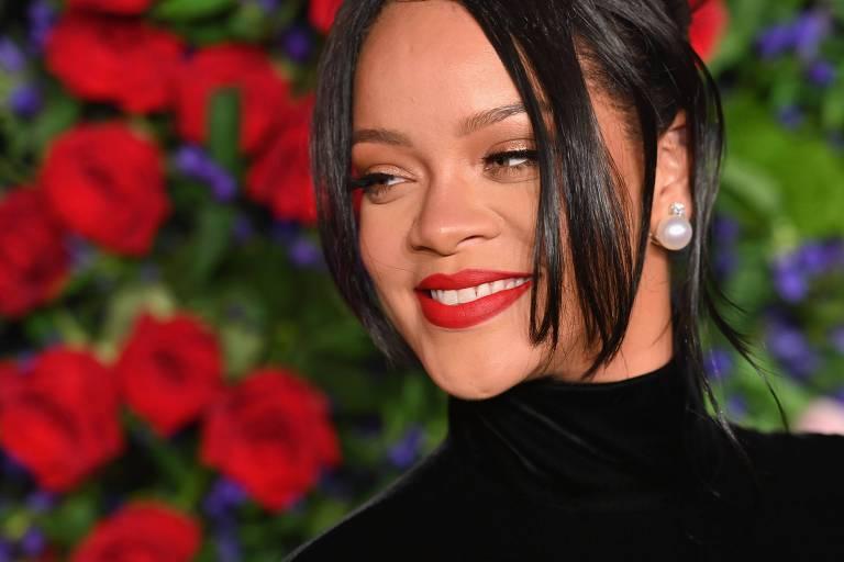 Rihanna em baile beneficente que aconteceu nesta quinta (12) em Nova York