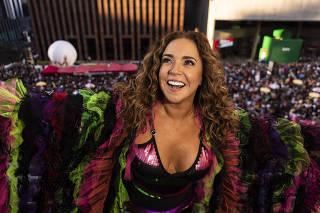 Camarote Pride na Parada Gay, com show da cantora Daniela Mercury