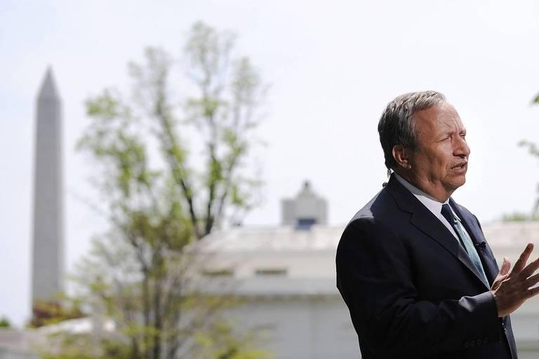 Larry Summers, professor de Harvard. Foi secretário do Tesouro dos Estados Unidos, entre 1999 e 2001, durante o governo democrata de Bill Clinton. Dirigiu o Conselho Econômico Nacional e foi o principal conselheiro econômico de Barack Obama, de 2008 a 2010. - Abril/2010.