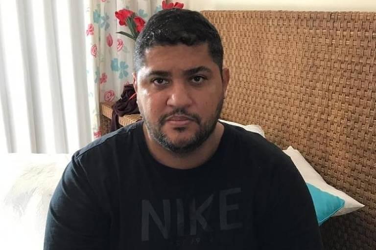 André de Oliveira Macedo, conhecido como André do Rap, líder do PCC, ao ser detido em Angra dos Reis